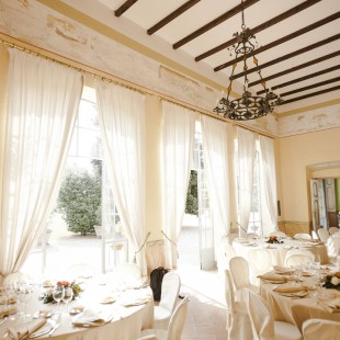 A super special wedding in Villa Gromo, Italy